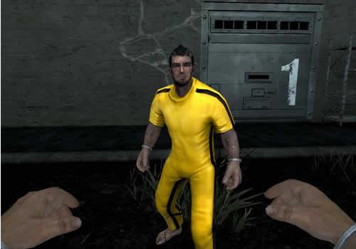 A.V.A、黄色いジャージ「最強者の運動服(1日)」は勝者の証